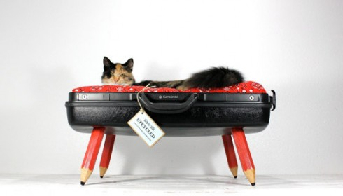 Attomic_Attic_cat_beds_handmade_upcycled_suitcase_8